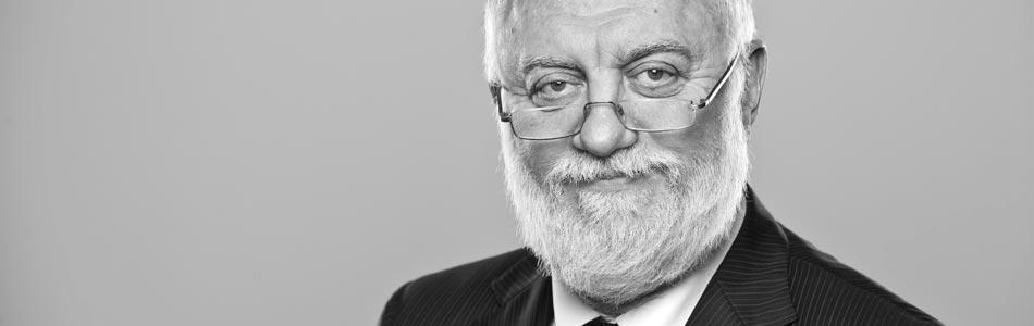 Dr. Dušan Vasiljević